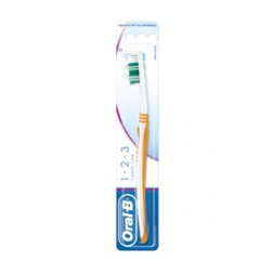 Oral-B 1, 2, 3 Classic Care